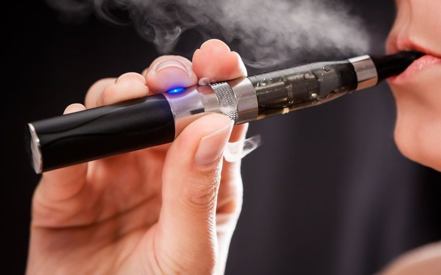 Quel est le meilleur kit d'e-cigarette pour débutant?